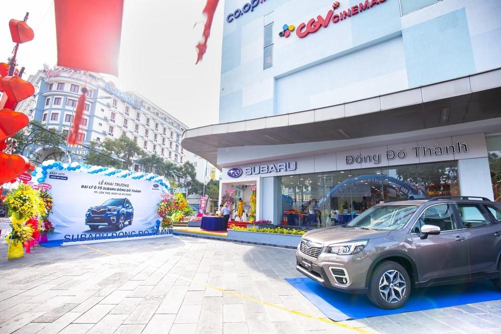 Subaru Đông Đô Thành là trực thuộc Công ty TNHH Đông Đô Thành, vốn đang là đơn vị sở hữu 2 đại lý khác của thương hiệu Nhật Bản này tại Bình Triệu và Bình Dương