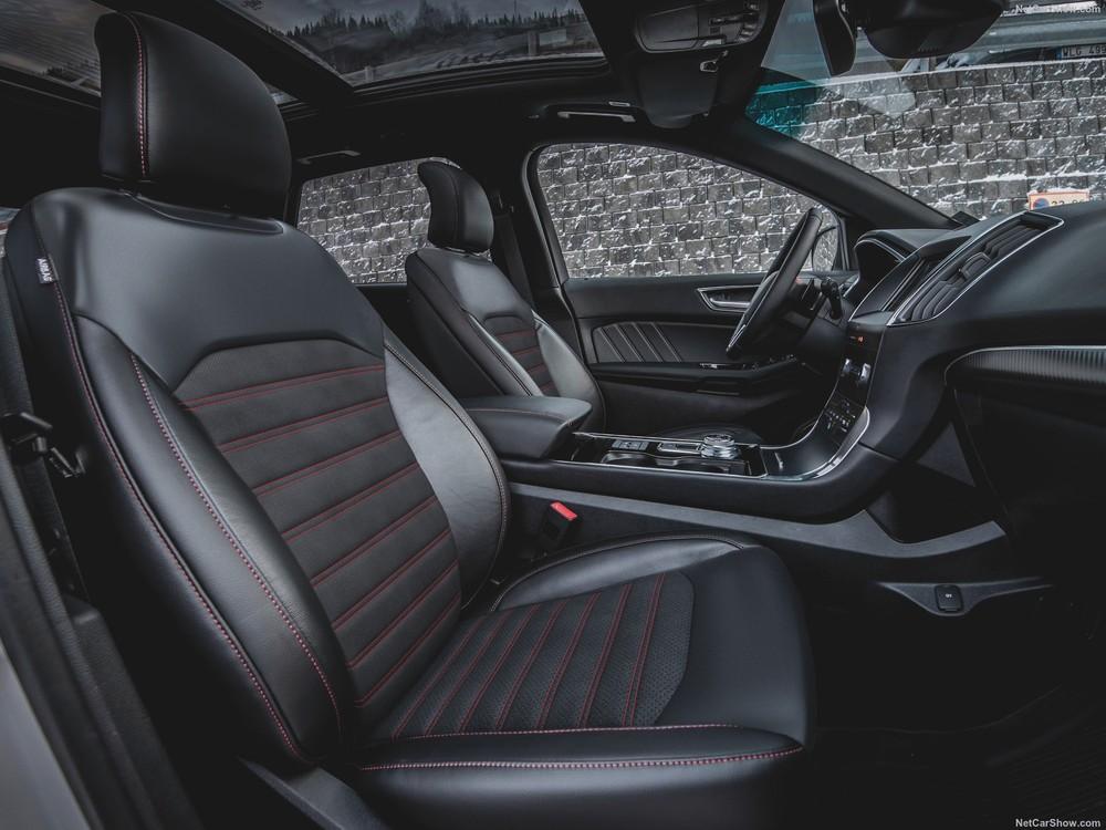 Interior inside the Ford Edge ST-Line 2020