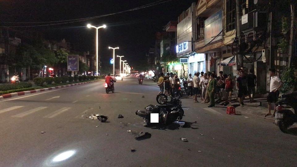 Hiện trường vụ tai nạn giao thông của 2 xe máy tại Thái Nguyên vào tối qua