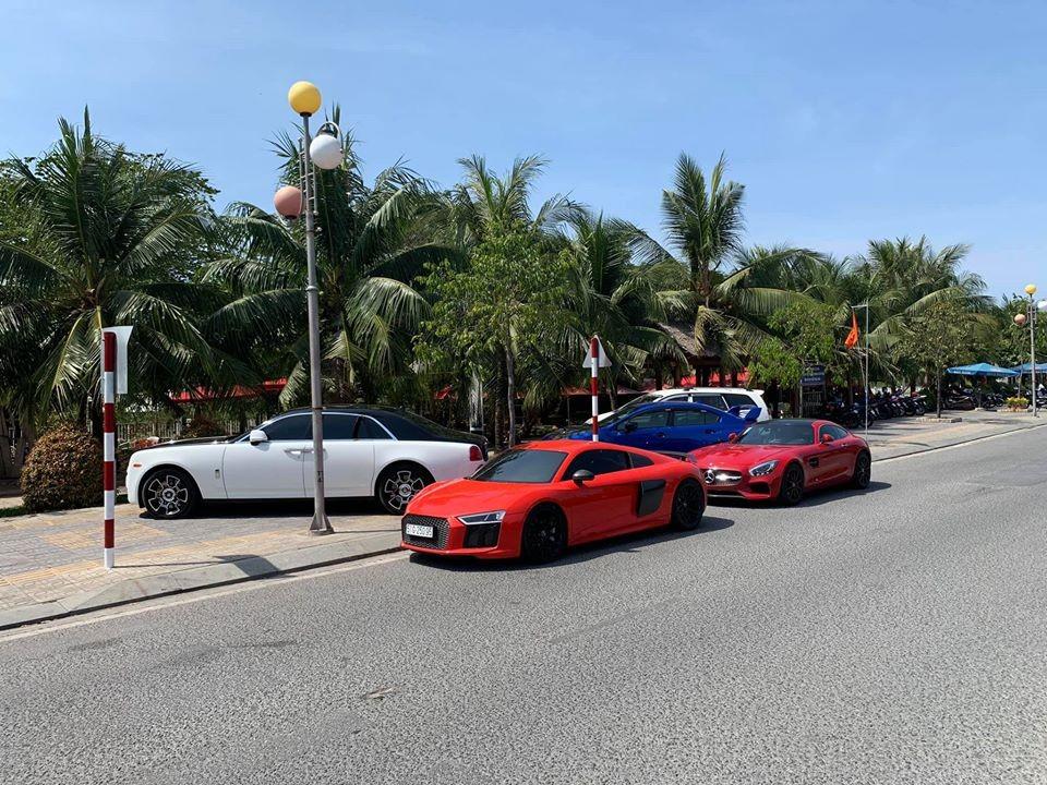 Người mới bán lại siêu xe Audi R8 V10 Plus cho biết sẽ tậu Lamborghini Aventador