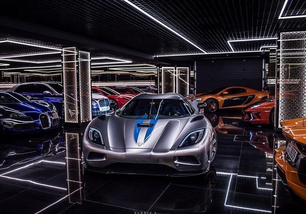 Siêu xe Koenigsegg Agera R là một viên ngọc quý trong bộ sưu tập xe của Rohit Roy