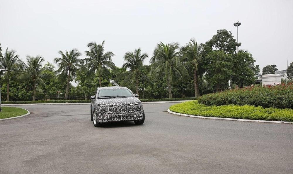 Mẫu crossover của VinFast sẽ có kích thước nhỏ hơn bậc đàn anh VinFast Lux nhưng lại nhỉnh hơn một chút so với các mẫu xe cỡ C