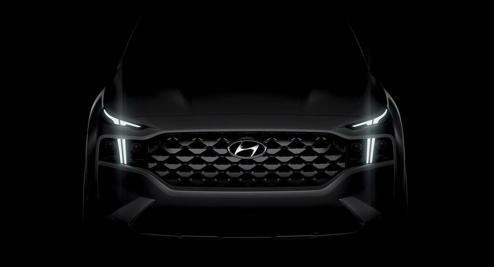 Hình ảnh hé lộ thiết kế đầu xe của Hyundai Santa Fe 2021 bản Luxury