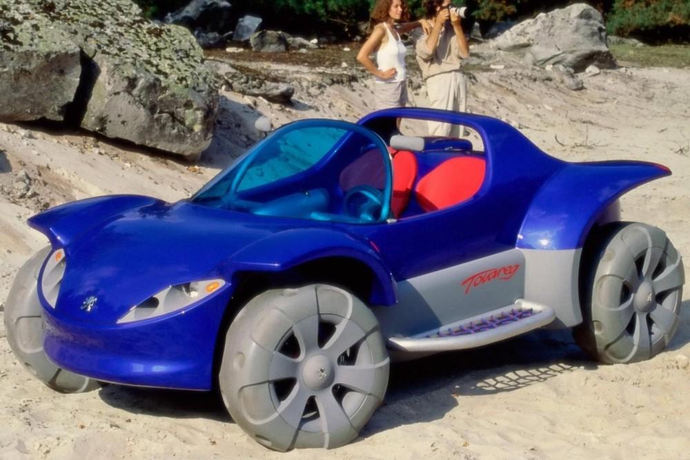 Peugeot Touareg 1996 là một mẫu concept quái đản, trông như xe đồ chơi khổng lồ