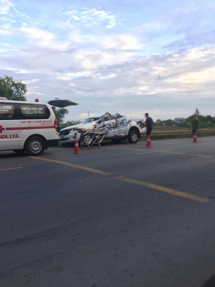 Hiện trường vụ tai nạn xảy ra vào rạng sáng nay
