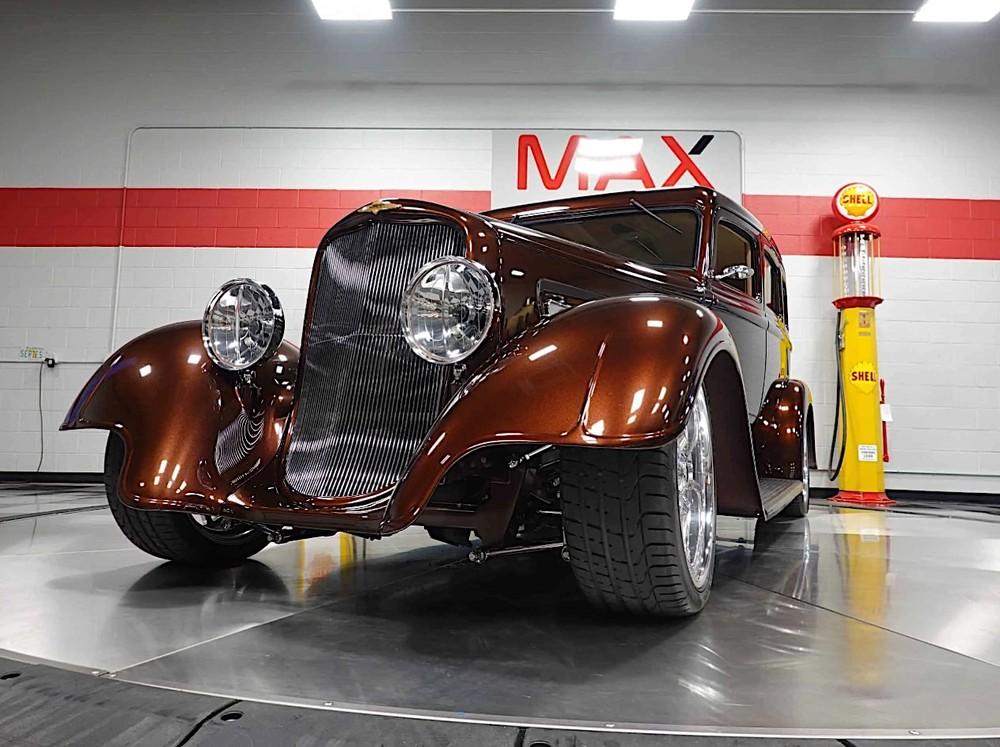 Dodge SRT33 1933 là một chiếc xe độ phong cách cổ điển cực độc