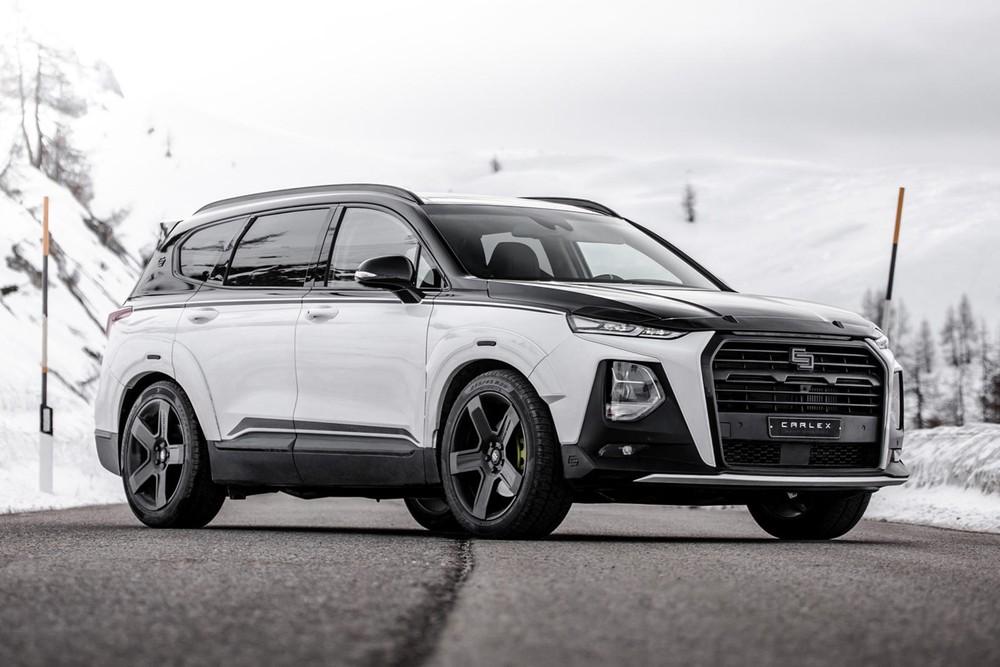 Hyundai Santa Fe Carlex Urban Edition mang dáng vẻ thể thao hầm hố hơn hẳn bản tiêu chuẩn