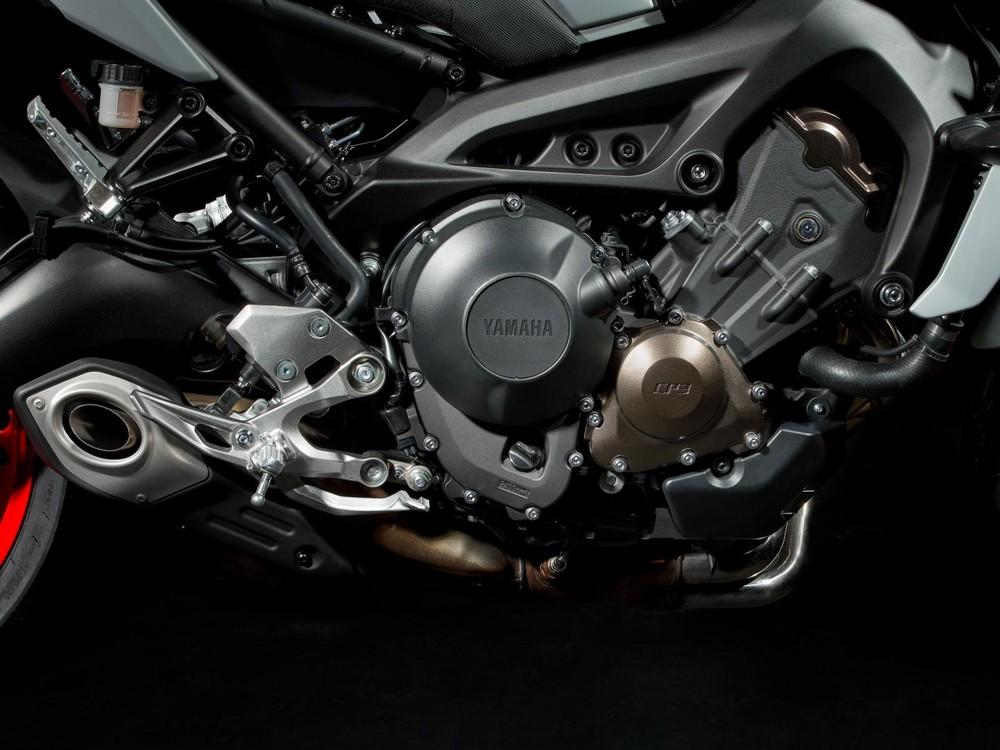 Khối động cơ CP3 mạnh mẽ trên Yamaha MT-09