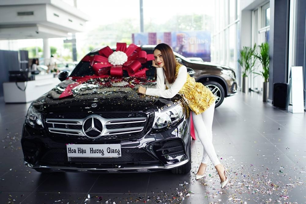 Huong Giang bought Mercedes-Benz GLC in 2018