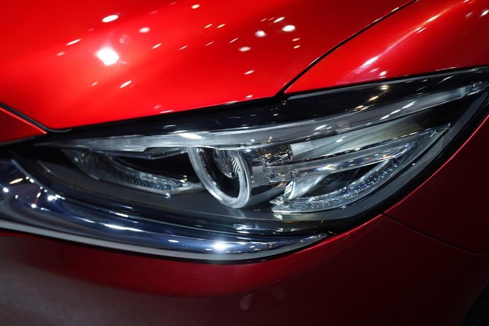 Đèn xe Mazda6
