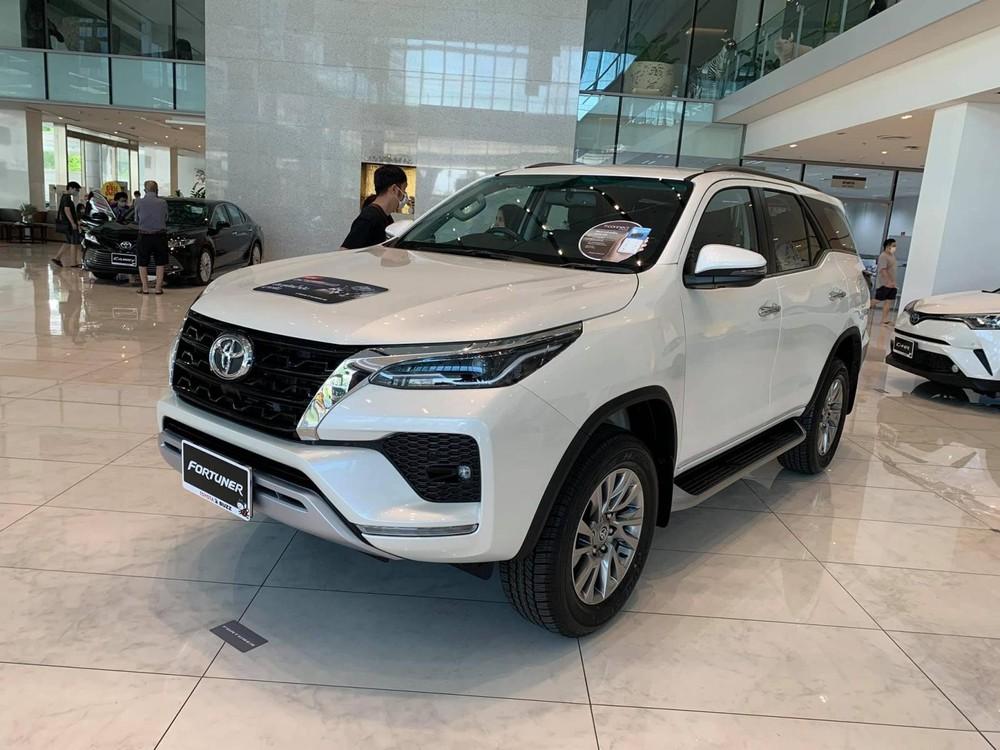Bản nâng cấp giữa vòng đời Toyota Fortuner 2020 mới chỉ ra mắt thị trường Thái Lan vào ngày 4/6/2020