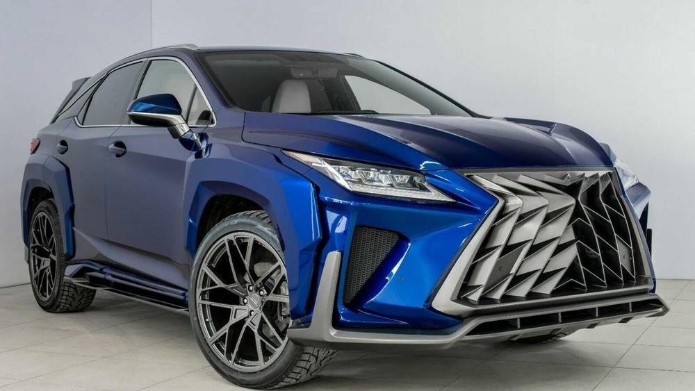 Lưới tản nhiệt chính là điểm nhấn của Lexus RX độ