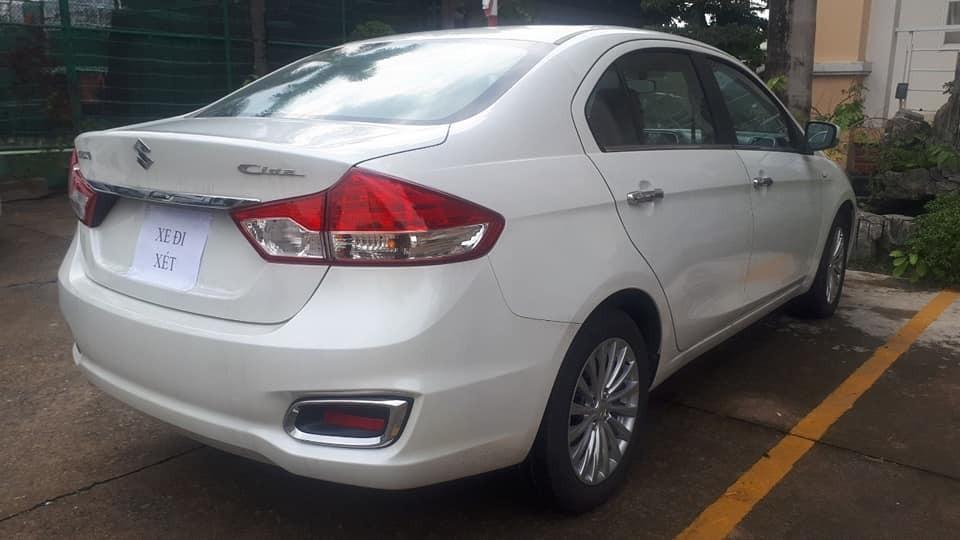 Chiếc Suzuki Ciaz 2020 bất ngờ xuất hiện tại Việt Nam với tờ giấy Xe đi xét