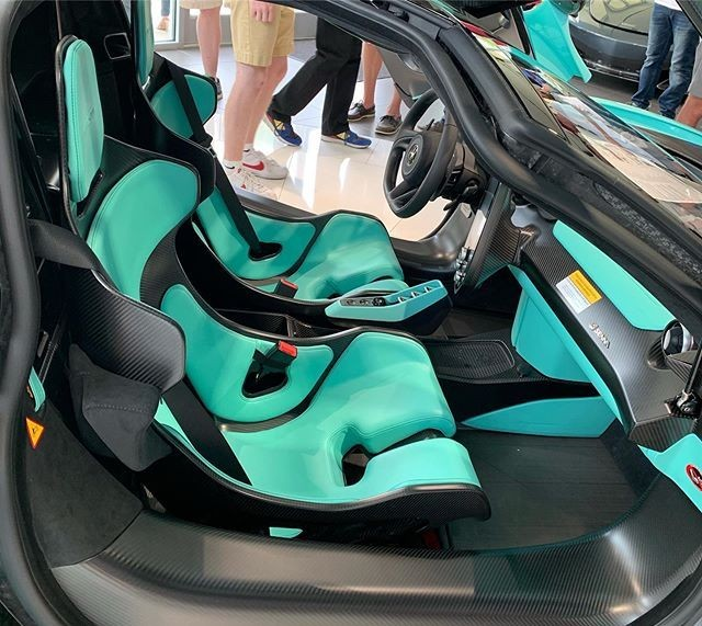 Ghế lái thiết kế