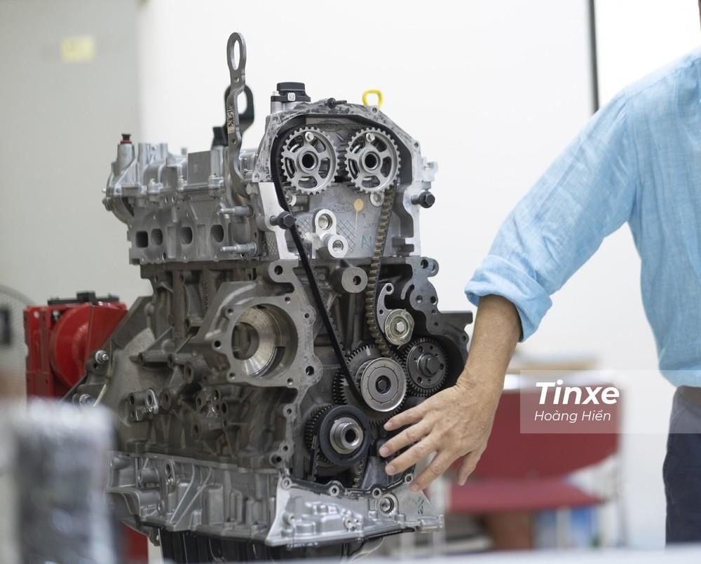 Các xe trang bị động cơ Bi-Turbo 2.0L của Ford trong thời gian qua gặp phải hiện tượng chảy dầu tại cổ hút tăng áp và bưởng dầu mặt cam