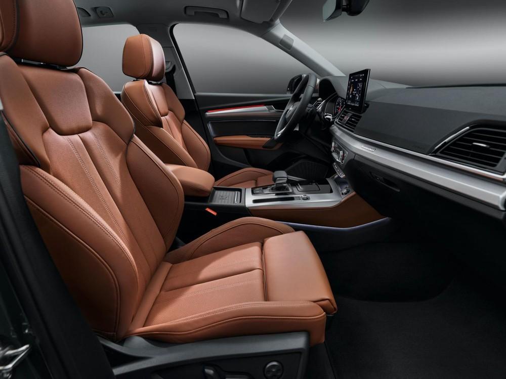 Nội thất của Audi Q5 2021 được bọc da sang trọng