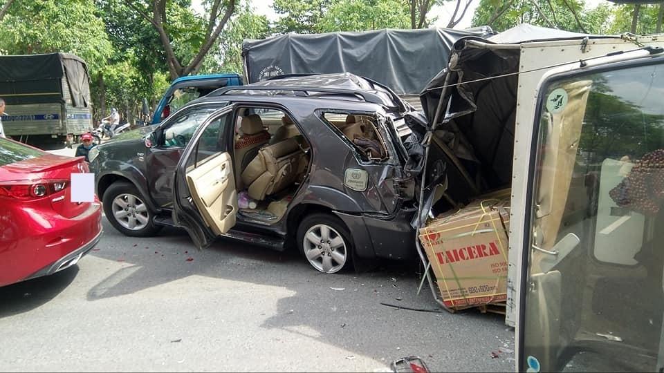 Đây là thiệt hại của xe Toyota Fortuner