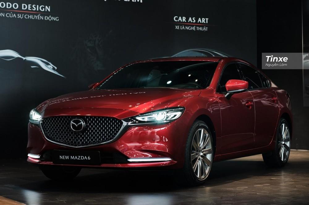 Với một số thay đổi ở phần ngoại thất, thêm trang bị và tiện nghi nhưng giá niêm yết của Mazda6 2020 lại không tăng nhiều