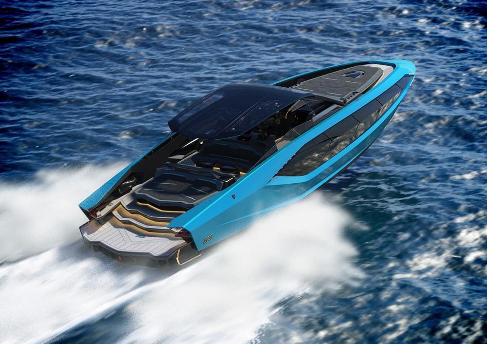 Nó là một sản phẩm mang tính độc quyền, ra đời từ sự hợp tác giữaAutomobili Lamborghini và The Italian Sea Group