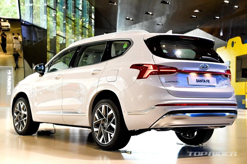 Tạm thời, hãng Hyundai mới chỉ công bố thông số của động cơ diesel 2.2L