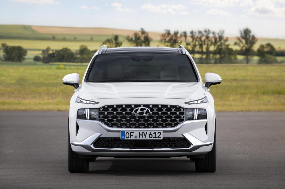 Hyundai Santa Fe 2021 có 6 chế độ lái tiêu chuẩn