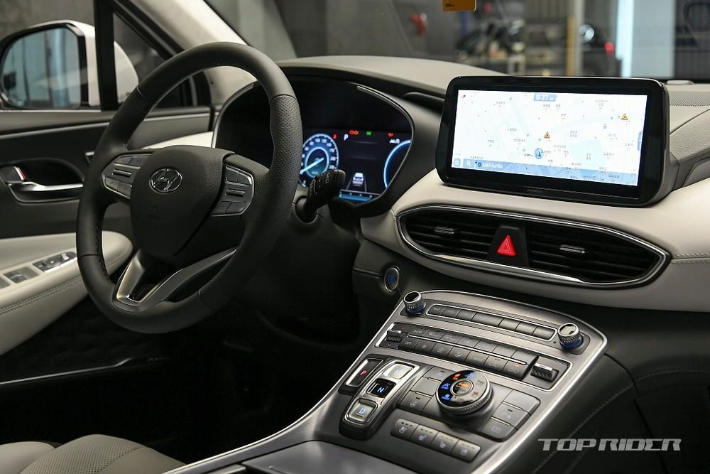 Nội thất bên trong Hyundai Santa Fe 2021 bản nội địa Hàn Quốc
