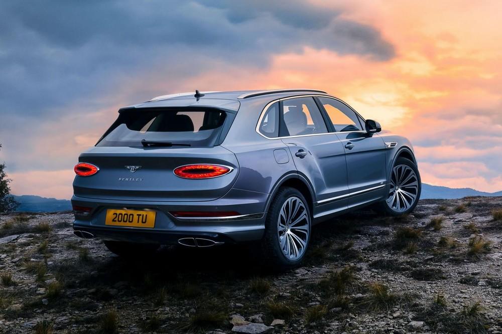 Đuôi xe Bentley Bentayga 2021 facelift