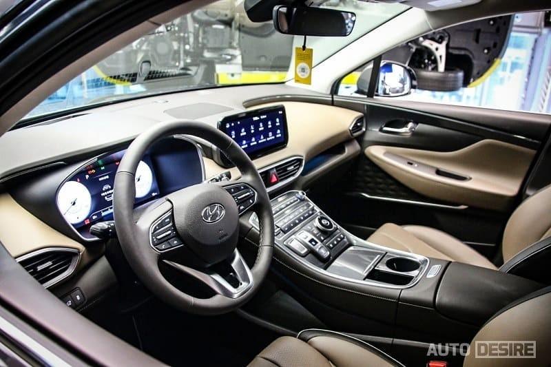 Interior inside Hyundai Santa Fe 2021