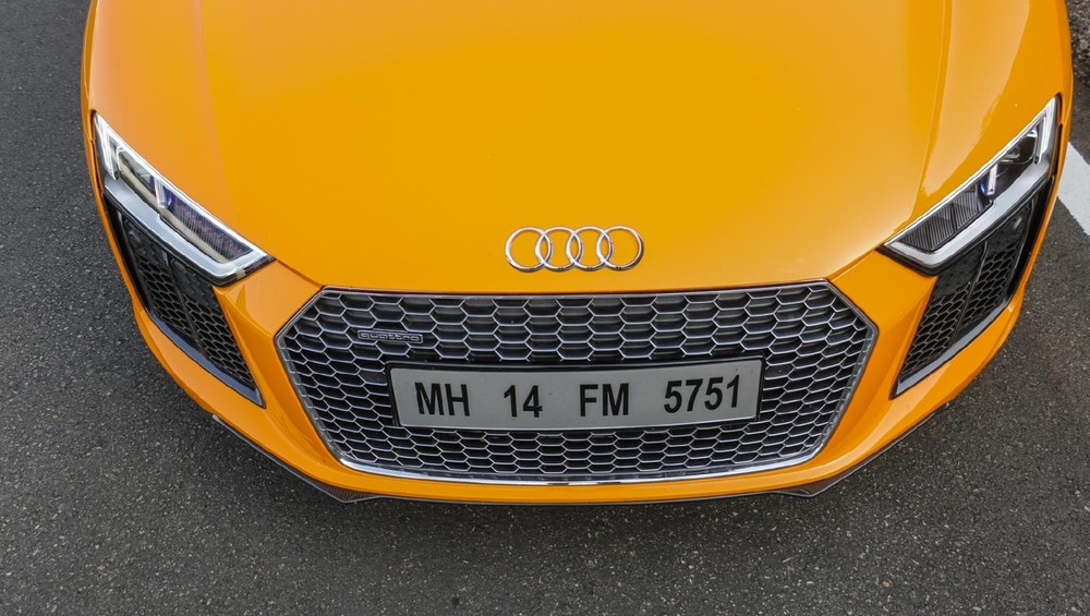 Giá xe Audi R8