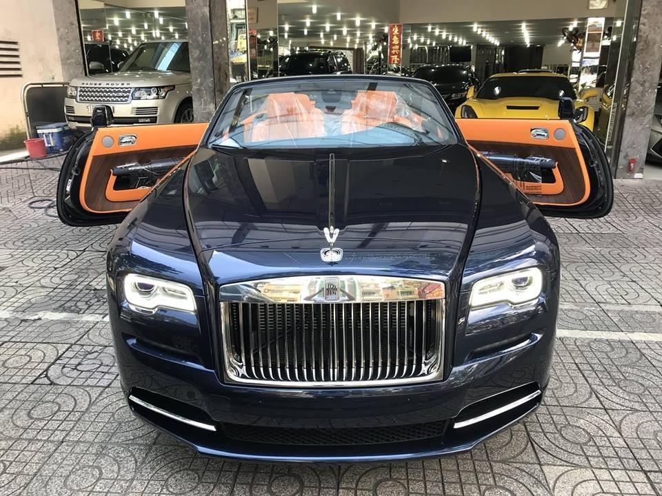 Rolls-Royce Dawn độc nhất Việt Nam