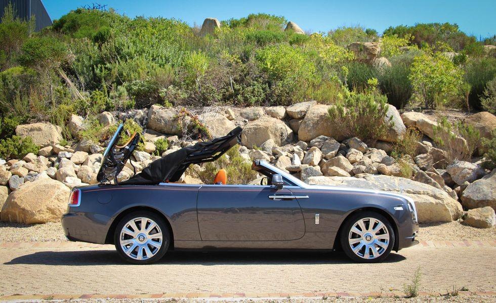 Rolls-Royce Dawn là chiếc xe mui trần yên tĩnh nhất thế giới