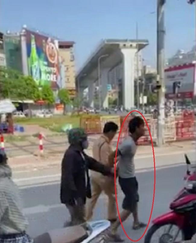 Tài xế điều khiển chiếc Kia Morning bị bắt giữ