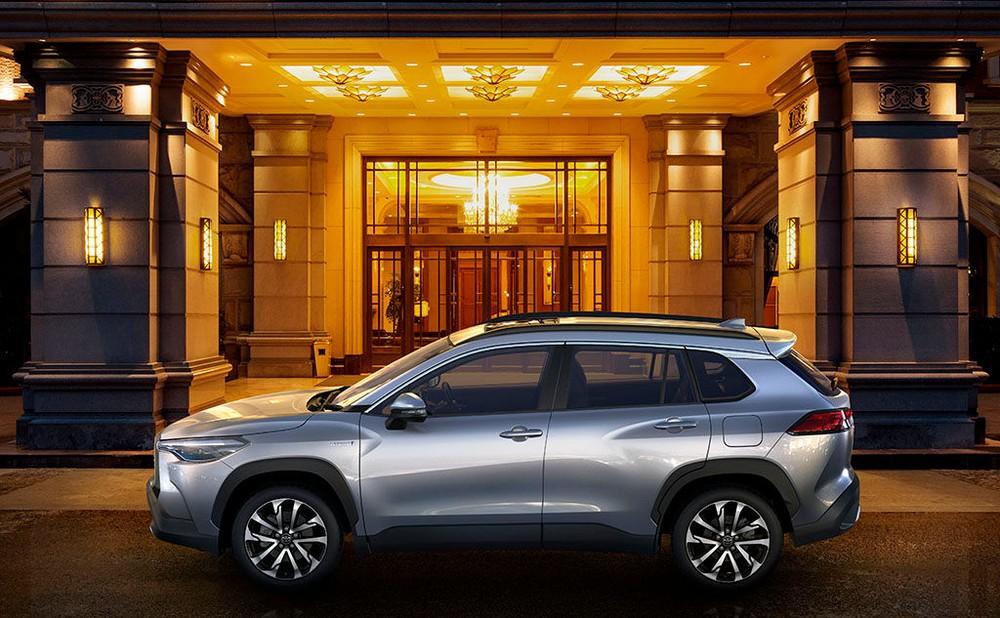 Toyota Corolla Cross 2020 được phát triển dựa trên cơ sở gầm bệ TNGA-C giống Corolla mới và C-HR