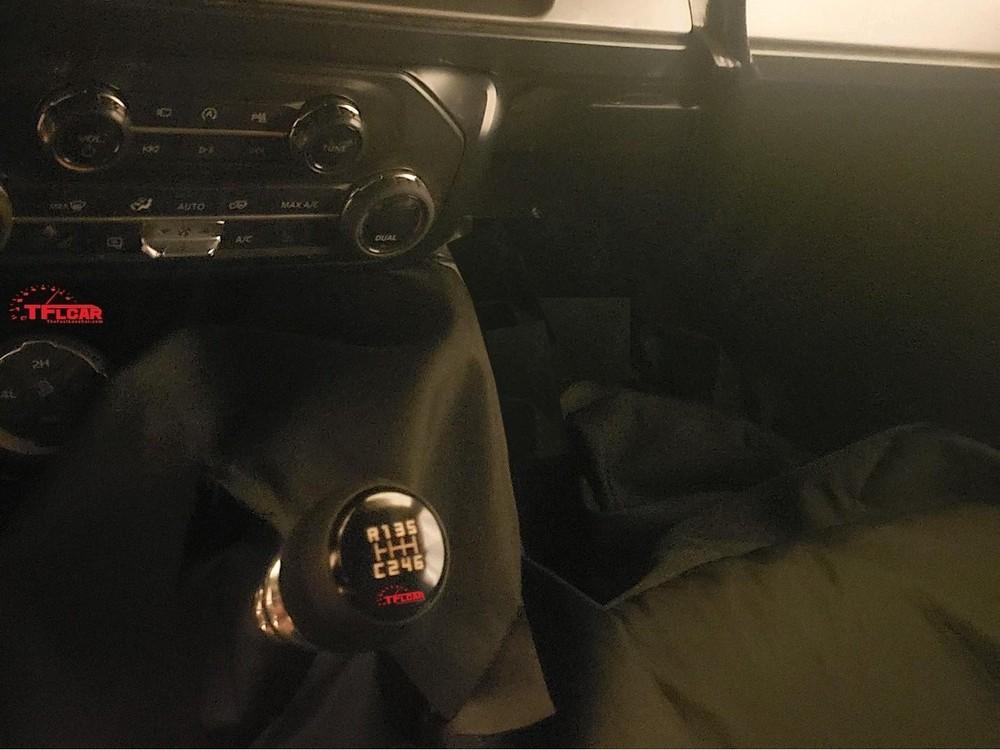 Hộp số sàn 7 cấp trên Ford Bronco 2021