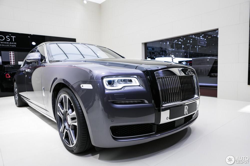 Rolls-Royce Ghost Elegance với bộ áo được làm từ 1.000 viên kim cương được nghiền nát thành bột