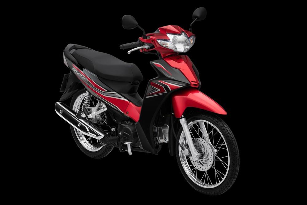 Honda Blade Tiêu chuẩn đỏ