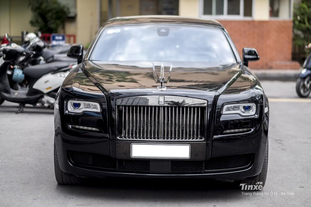 Giá xe Rolls-Royce Ghost Black Badge 2020 mới nhất tại Việt Nam