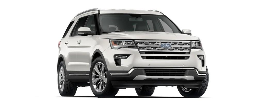 Ford Explorer màu trắng