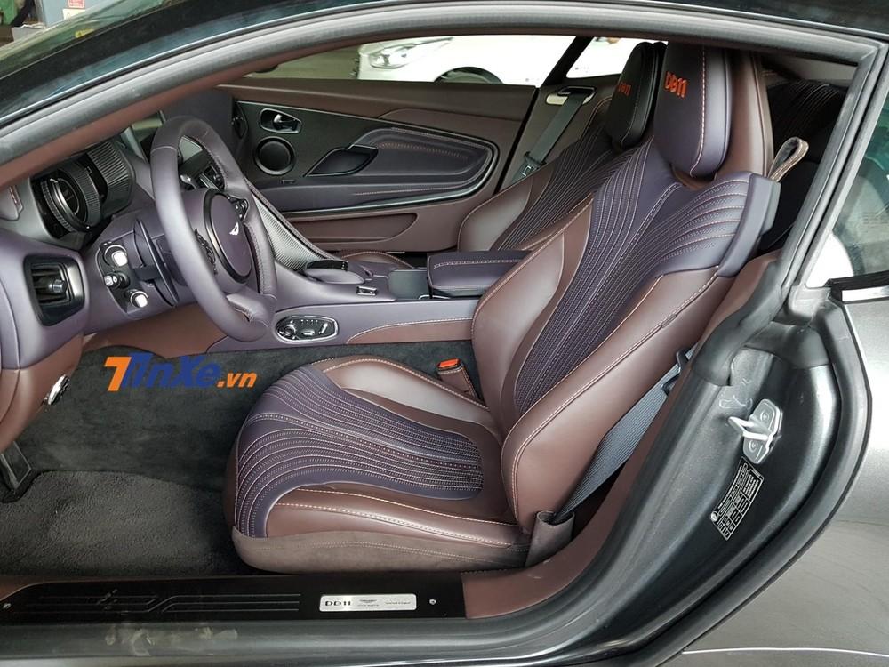 Hàng ghế trước của Aston Martin DB11