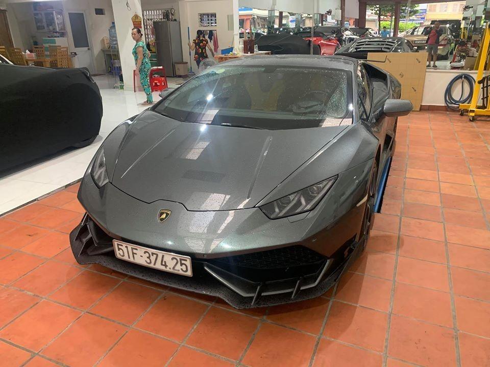 Lamborghini Huracan LP610-4 đầu tiên về Việt Nam