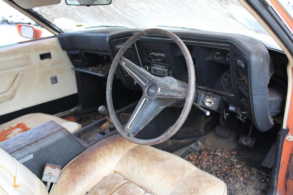 Chiếc xe hiếm này sẽ cần trải qua một quá trình phục chế phức tạp để trở về hình hài huy hoàng năm nào
