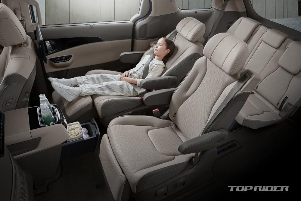 Kia Sedona 2021 phiên bản 7 chỗ