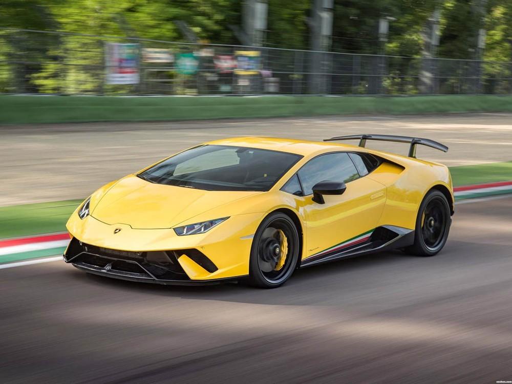 Siêu xe hiệu suất cao Lamborghini Huracan Performante có ngoại hình mới, dữ dằn và hầm hố hơn so với bản tiêu chuẩn