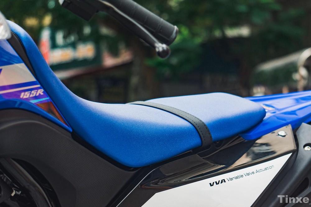Yên xe cao 888mm của Yamaha WR155 2020