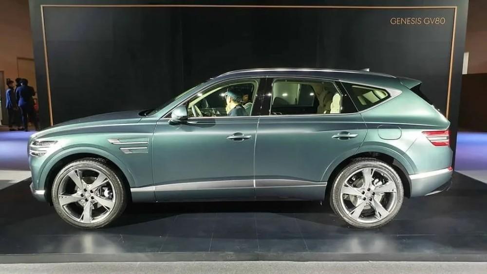 Bộ vành lớn nhất của mẫu SUV hạng sang này có đường kính 22 inch