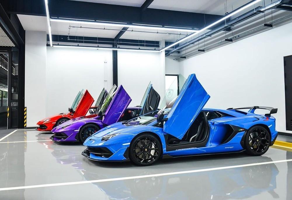 Lamborghini Aventador SVJ có bộ mâm mới và lốp Pirelli P Zero Corsa thửa riêng
