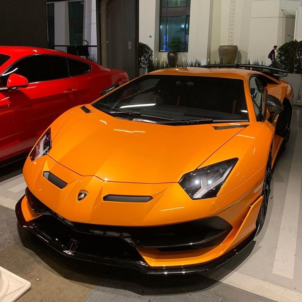 Lamborghini Aventador SVJ cam