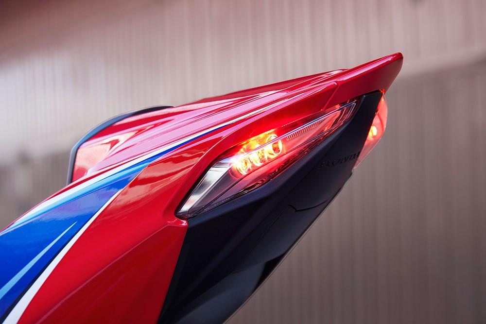Đuôi xe Honda CBR1000RR-R 2020