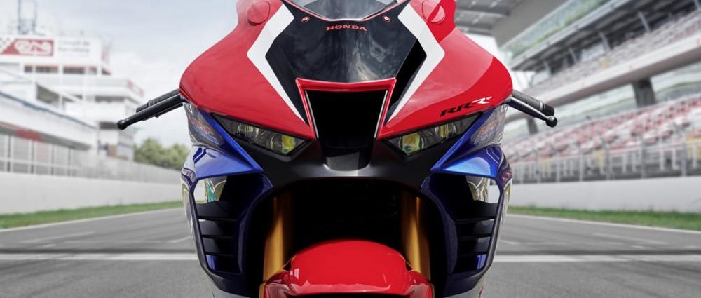 CBR1000RR-R Fireblade sở hữu bộ cánh gió bên trong yếm xe cùng hệ thống chiếu sáng LED