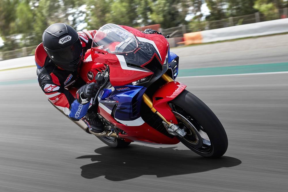 Honda CBR1000RR-R Fireblade và Fireblade SP sẽ được bán ra tại Việt Nam